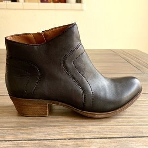 Lucky Brand Black Brolley Booties NWT!